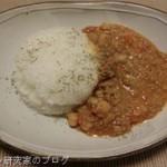 ひよこ豆とひき肉のルンダンカレーを作る