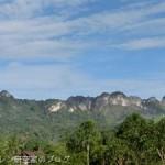 スラウェシ島の山には登りたくなる魅力がある