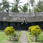 スマトラ島ブキティンギ近郊の伝統家屋ルマガダン